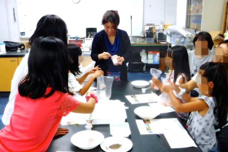 蒲郡生命の海科学館 子供向けアロマ石鹸作り